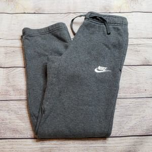 Nike youth boy grey sweatpants swoosh size medium